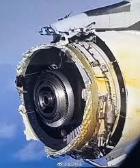 飛行機ほど恐ろしい乗り物は無いですよね?