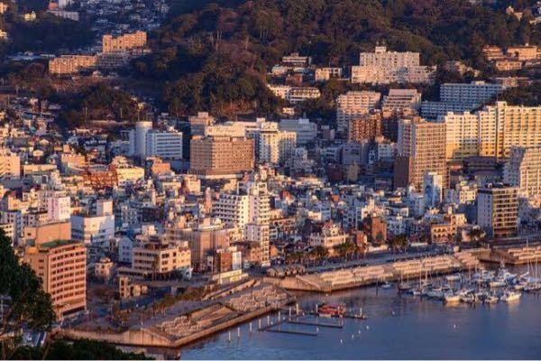 熱海と神戸って街並み似てると思いますか? 添付した画像は熱海の画像