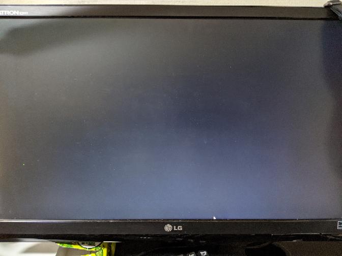 ヴァロラントをダウンロードし、起動すると画面が真っ黒になり何もできません…どうしたら良いのでしょうか?