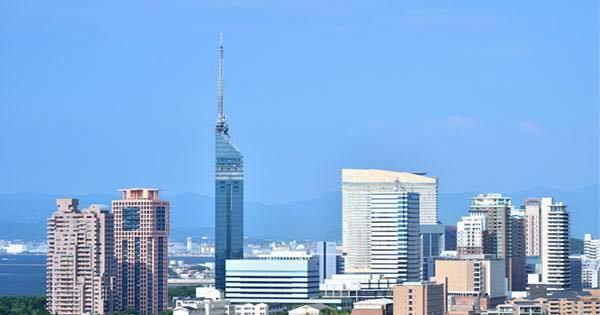 西日本で大阪市の次に都会なのは福岡市ですよね?