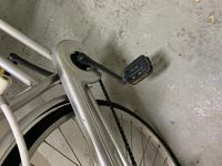この自転車にはフリーパワーは付きますか?