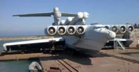 """冷戦期の """"カスピ海の怪物"""" 陸揚げされたエクラノプラン。「ヤフーnews」 https://news.yahoo.co.jp/articles/6b0c03493646a6f1241b7f8eaabfd34b8386c2a8 N1月ロケットの失敗・コンコルドスキーと揶揄されたTu-144も墜落して実用化出来ず・ソ連製スペースシャトルのブランも実用化に至らず。 このエクラノプラン地面効果翼機..."""