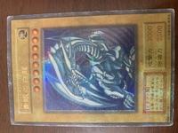 遊戯王 ブルーアイズホワイトドラゴン についての質問です。  実家のカードホルダーから出てきたのですが これはジャンプフェスタ1999に配布されたものでしょうか。 それともコピー品でしょうか。  どなた...