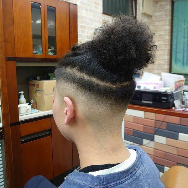 この髪型はどーなってるんですか? どーすればできますか?