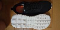 こういう靴は体育館で履けますか? 専門学校の体育の授業で使います  高校や中学で使用していた体育館シューズは捨ててしまったため、代わりとして購入しました