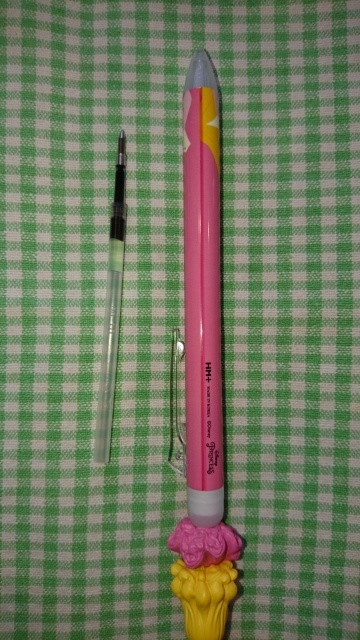コストコで購入したボールペンの替芯を探しています。 韓国製で芯には 20 10 と書かれています。芯の長さ10センチです。