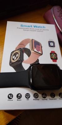 中国製スマートウオッチを購入したが日本語の取説がないので 取り扱いが出来ませんsmarthealthwatchとあります。 中井広策さん送り主で電話番号はわかりません。 何方か日本語 取り扱いをお願いします。