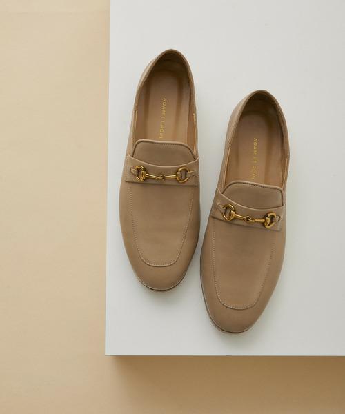 結婚の挨拶にこういう靴ってどうですか? パンプスの方がいいですか?