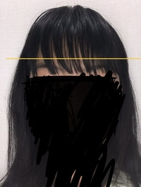 今私の前髪がやばいです。 何故なら去年の10月に上の方の前髪だけピンで止めていたら取れなくなって根元から髪を切りましたなので前髪が二重にあります。 ですがヘアバンドで隠したりして、何とか下の前髪にあと少しで届くレベルになりました。ですが今度ニコラモデルオーディションがありそれに出たいのですが、こんな前髪が二重あっても合格できますよね?ちなみに上の前髪は今は伸びてほとんど分からなくなっていま...