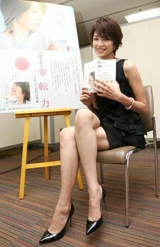 熟女の生脚が好きな僕って変なのですか? 吉瀬美智子さん、米倉涼子さん、鈴木砂羽さんの生脚を見ると考え方が変わりました。