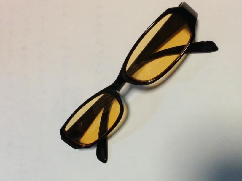 100円ショップ ダイソーの PC 用ブルーライトカット眼鏡は 効果は どの程度 あるんでしょうか