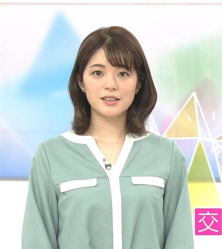 質問です。 1.おはよう日本の川崎理加アナ、水色に白の縁取りのトップスは素敵でしたか? 2.今朝の可愛さ度は如何でしたか(100点満点で)? (◆danさん用◆)