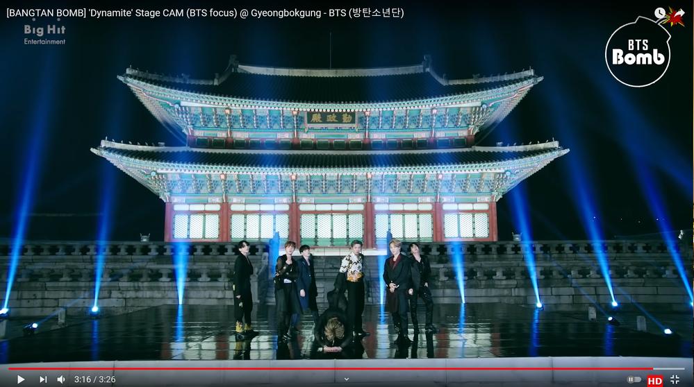 BTSのメンバーの一人がダイナマイトを歌い終わった時にカメラに向かっていきなり深々と土下座をしているんですが、 何かスキャンダルを起こしたんですか? ↓3分14秒~ https://www.y...