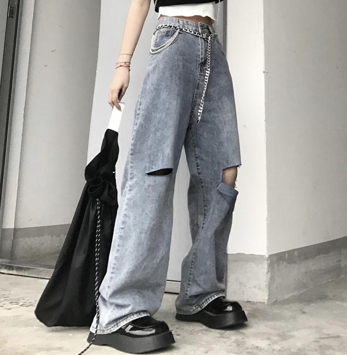 このデニムパンツってかっこいいですか? https://newoceans505.blogspot.com/2021/04/v5428s-17kg.html?m=1