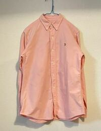 このラルフローレンのシャツにはどんなボトムスが合うと思いますか?? ちょっとふわふわとした可愛い感じにしたいです(わかりにくくてすみません...) 色なども合わせて教えて頂きたいですm(_ _)m