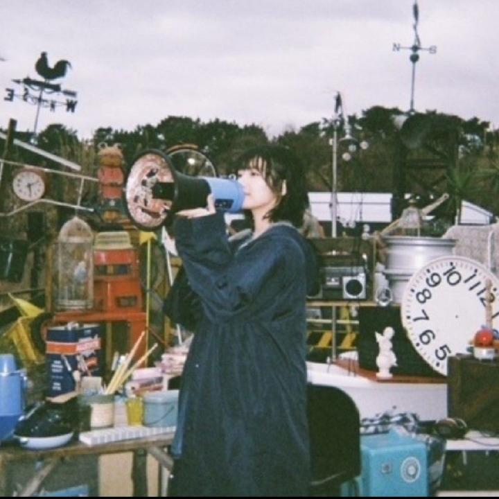 この写真の子櫻坂の子らしいんですけど、なんて名前か教えてください!
