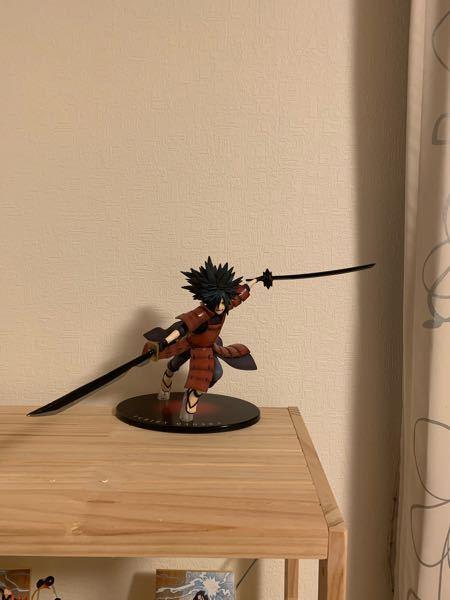 武器を自作で作りました。NARUTOのマダラです。このクオリティーだとメルカリで売るのは厳しいですか?