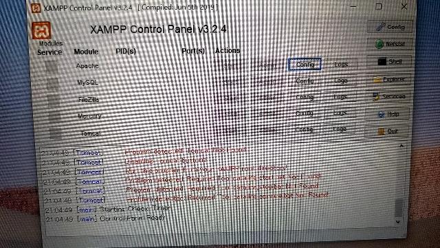 XAMPPを入れたんですけど startがクリックすら出来ません。 原因も分かりません。 解決策がある方は教えてください