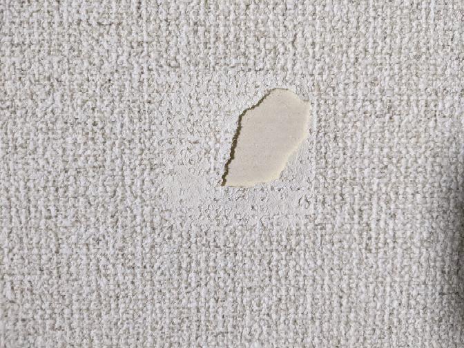 賃貸の壁紙が剥がれてしまいました。 きれいに補修する方法はありませんか?