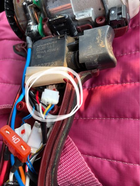 マキタインパクトtd161スイッチから伸びるコネクタの配線2本が断然してしまったのですが自分で直すにはどの部品を買えばいいでしょうか?