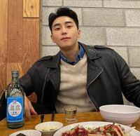 この韓国の俳優さんはいますか?
