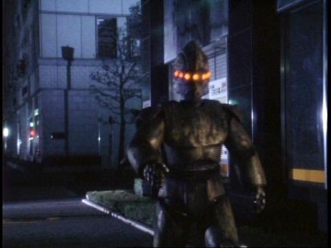 ウルトラマンティガ このロボットがでてくるDVDを教えて下さい