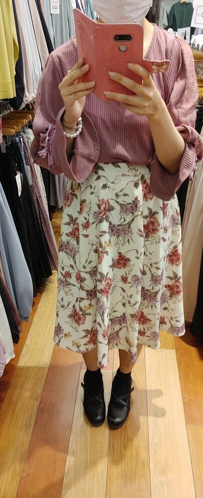 このファッション、可愛いですか? どうですか? よろしくお願い致します お礼25枚。