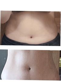 ウエスト何センチくらいに見えますか? (下の画像) 上の画像がダイエット前(二年前)のもので、62キロ 体脂肪35%、下の画像が現在のもので体重は54キロ 体脂肪27%くらいです。  上の画像はウエスト数値覚えてな...