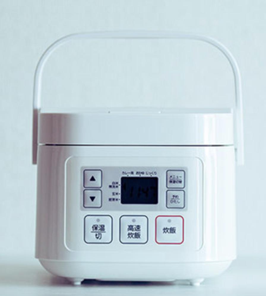この炊飯器はどこのメーカーのものでしょうか 母が一目惚れをして、欲しいと言うのですが 3号炊きということしか分かりません。