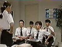 男闘呼組の名曲「秋」下記のヴァージョンが一番良いですか?   秋(AKI) https://www.youtube.com/watch?v=VzAgHvkg_mo