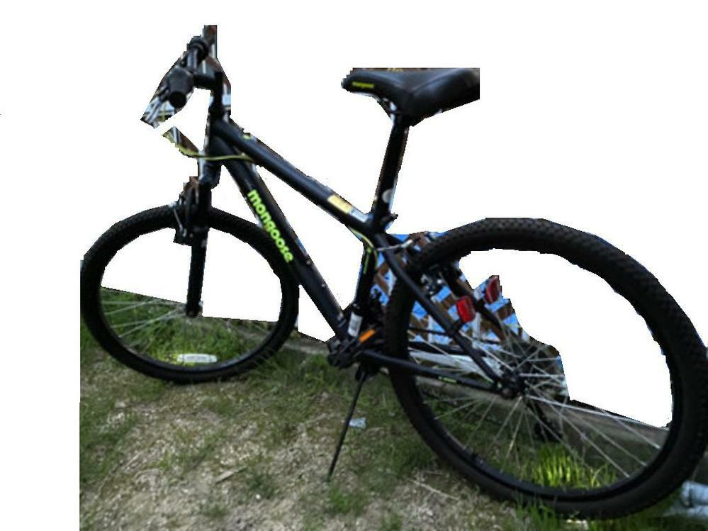 MONGOOSEの自転車について 下にある画像はMONGOOSEの何かわかる方いらっしゃいますか? 反対側の写真はありません よろしくお願いします。