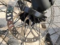 マウンテンバイクの油圧ディスクブレーキが錆びてしまいました。どうすればいいですか?このままだったら、やばいですか?
