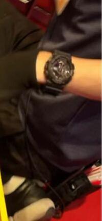 この時計の名前を教えてください。 G-SHOCKだと思います。