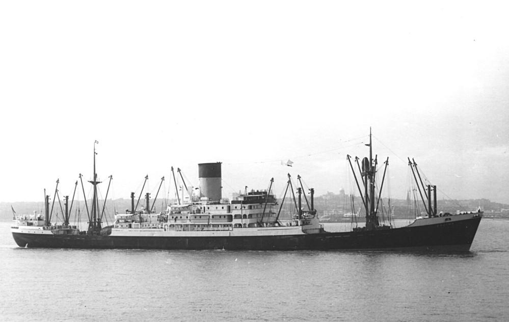 なぜ1950年代の貨物船って三島型なんですか(写真 ドリウス)❓