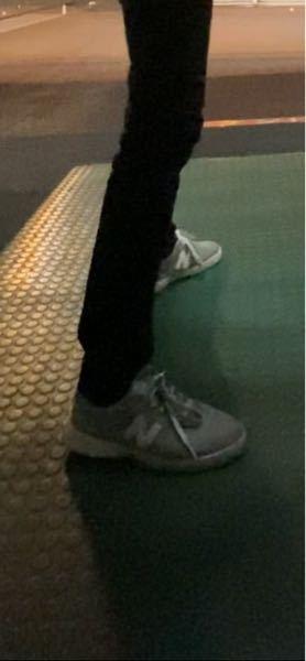 〈急募〉 この靴のサイズが分かる 天才はいらっしゃいませんか? 身長は180cmです。