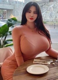母親の立場でお答えください。 あなたの娘がこういう身体に成長したらどう思いますか?