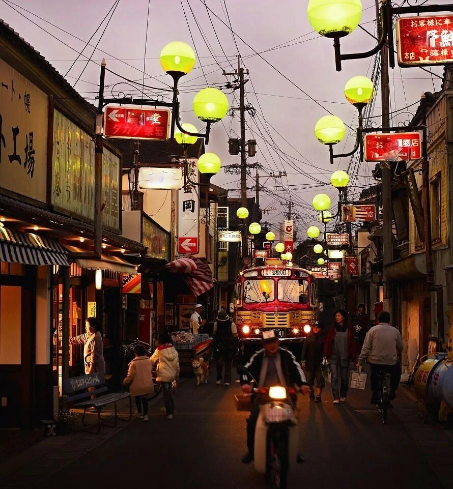 レトロな街灯が残っている場所は近所にはもうありませんか??