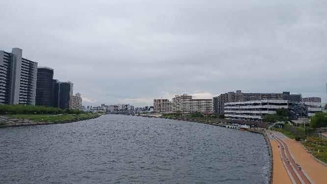 お前等は隅田川を知っていますか。 私は隅田川を知っています。