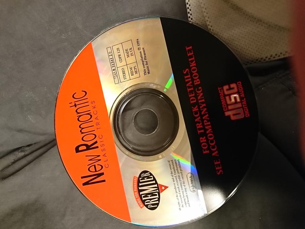 このCDは、何が入っていますか?