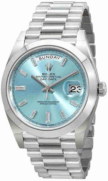 腕時計についての質問です。 現在ロレックスは正規店での入手が難しいというのは知っているのですがデイデイトも同様でしょうか? 因みにお写真のプラチナ、インデックスがダイヤのモデルです。 ずっと憧れていたもので30歳の節目に購入を決意しました。 近いうちに店舗に出向くつもりですが可能性だけでもお聞きしたいです。 並行価格でもいいのですが安いに越したことはないので。 宜しくお願い致します。
