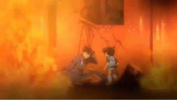 名探偵コナンのこのシーンは何のものですか? 新一に扮するキッドとコナンが閉じ込められて、蘭に力を借りて脱出すふシーンです。