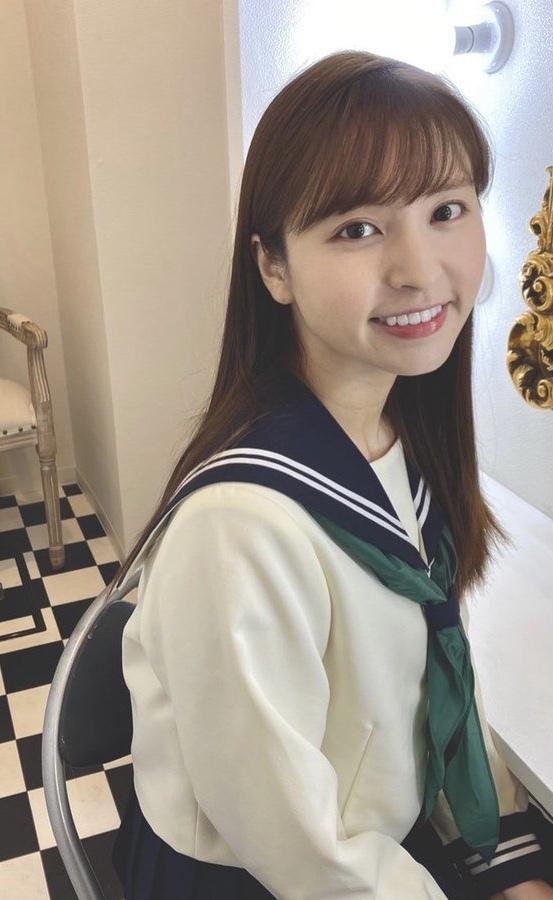 Скажите, пожалуйста, имя этого японского кумира.