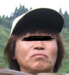 この髪の長さはロン毛ですか?