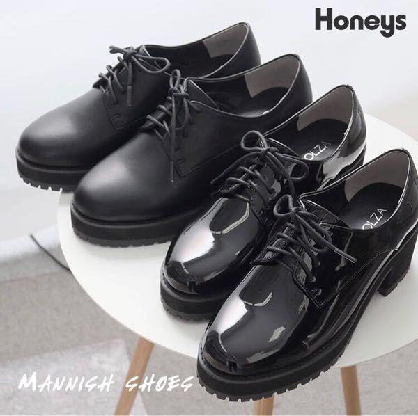Honeysのこの靴(奥の艶のない方)を購入したのですが、歩いているだけでやたらと靴紐が緩みます。 何か緩まないようにするための方法はないでしょうか?靴紐を違うものに変えるしかないですか?