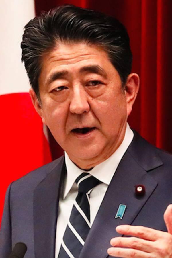 """以下の記事を読んで、下の質問にお答え下さい。 https://www.excite.co.jp/news/article/Litera_litera_10553/?p=6 (今年も言う、福島原発事故の最大の戦犯は安倍首相だ! 第一次政権時代""""津波で冷却機能喪失""""を指摘されながら対策を拒否 p6) 『実は、下野していた自民党で安倍が総裁に返り咲いた直後の2012年10月、「サンデー毎日」(毎日新聞社)がこの事実を報道したことがある。1ページの短い記事だったが、本サイトが指摘したのと同じ、共産党の吉井英勝衆院議員(当時)の質問主意書に対して安倍首相が提出した答弁書のデタラメな内容を紹介。吉井議員のこんなコメントを掲載するものだった。 「いくら警告しても、マジメに対策を取らなかった安倍内閣の不作為は重大です、そんな安倍氏が総裁に返り咲いて首相再登板をうかがっているのは、本人も自民党も福島事故の責任を感じていない証拠でしょう」 ところが、これに対して、安倍は大好きなFacebookで、こう反撃したのだ。「吉井議員の質問主意書には『津波で外部電源が得られなくなる』との指摘はなく、さらにサンデー毎日が吉井議員の質問に回答として引用した政府答弁書の回答部分は別の質問に対する回答部分であって、まったくのデタラメ捏造記事という他ありません」(現在は削除) 出た、お得意の「捏造」攻撃(笑)。だが、「サンデー毎日」の報道は捏造でもなんでもなかった。たしかに安倍首相の言うように、吉井議員が質問で外部電源が得られなくなる理由としてあげたのは、津波でなく「地震で送電鉄塔の倒壊や折損事故」だった。しかし、だったらなんだというのだろう。そもそも、吉井議員が問題にしていたのは外部電源が得られなくなる理由ではなく、外部電源が得られなくなった場合のバックアップ(非常用)電源の不備だった。』 ① 下野していた安倍晋三が自民党総裁に返り咲いていた直後の2012年10月には、『共産党の吉井英勝衆院議員(当時)の質問主意書に対して安倍首相が提出した答弁書のデタラメな内容を紹介。吉井議員のこんなコメントを掲載するものだった。』と「サンデー毎日」(毎日新聞社)がこの事実を報道したにも関わらず、安倍晋三前首相はそれでも自らの責任を否定しているとは許せませんよね? ② 『いくら警告しても、マジメに対策を取らなかった安倍内閣の不作為は重大です、そんな安倍氏が総裁に返り咲いて首相再登板をうかがっているのは、本人も自民党も福島事故の責任を感じていない証拠でしょう』とは、それから7年半も政権維持をして来た安倍晋三は『刃○を持った基地外』だったんでしょうか? ③ 『ところが、これに対して、安倍は大好きなFacebookで、こう反撃したのだ。「吉井議員の質問主意書には『津波で外部電源が得られなくなる』との指摘はなく、さらにサンデー毎日が吉井議員の質問に回答として引用した政府答弁書の回答部分は別の質問に対する回答部分であって、まったくのデタラメ捏造記事という他ありません」(現在は削除)』とは、ウソを100回吐けば真実に成ると言う事ですか? ④ 『出た、お得意の「捏造」攻撃(笑)。だが、「サンデー毎日」の報道は捏造でもなんでもなかった。たしかに安倍首相の言うように、吉井議員が質問で外部電源が得られなくなる理由としてあげたのは、津波でなく「地震で送電鉄塔の倒壊や折損事故」だった。しかし、だったらなんだというのだろう。』とは、福島第一原子力発電所事故の主因は東日本大震災の揺れだったんじゃありませんか? ⑤ 『そもそも、吉井議員が問題にしていたのは外部電源が得られなくなる理由ではなく、外部電源が得られなくなった場合のバックアップ(非常用)電源の不備だった。』とは、Face bookでの反論は『御門違い』も甚だしいんじゃありませんか?"""