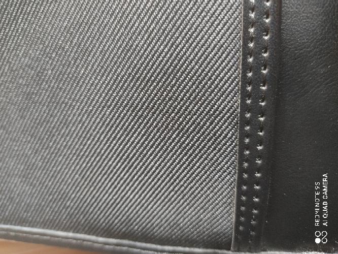 この素材のバッグ(ツイル地?)は就活に適していますでしょうか?