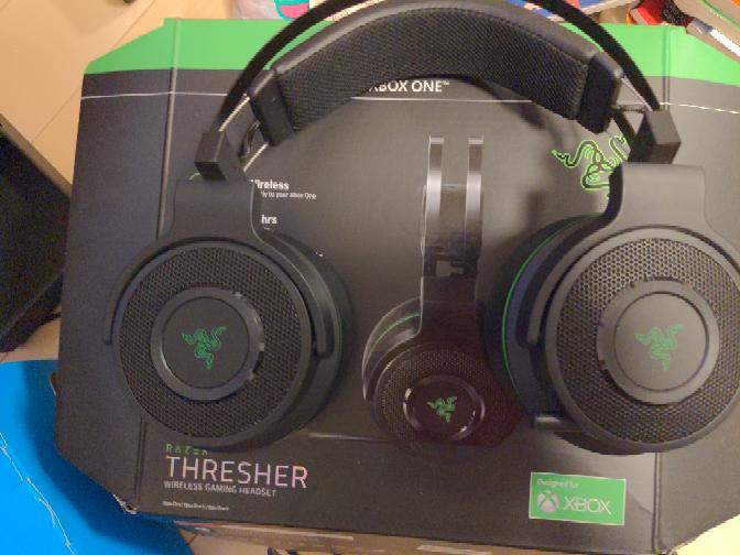 Razerのヘッドセットを購入したのですがそのRazerのヘッドセットがXBOX専用みたいなもので、どうやったらpcで接続させる方法を教えてください razer thresher ultimate for xbox oneです Razer公式サイト↓↓ https://www2.razer.com/jp-jp/gaming-audio/razer-thresher-ultimate-for-xbox-one