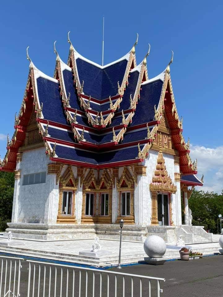 タイにあるらしいのですが、これは、何ていう建造物ですか?