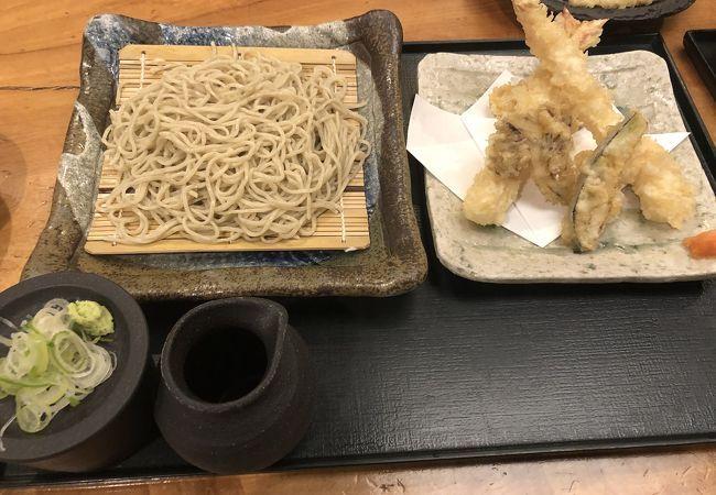ブルマー将軍に質問です 神奈川県E市は国分蕎麦もおいしいらしいのですが、将軍は神奈川県E市に出かたときいちどは、食してみましたか?