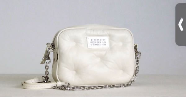 このバッグのブランド名分かる方いますか?